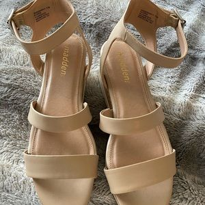 Nude Flat Form Sandals